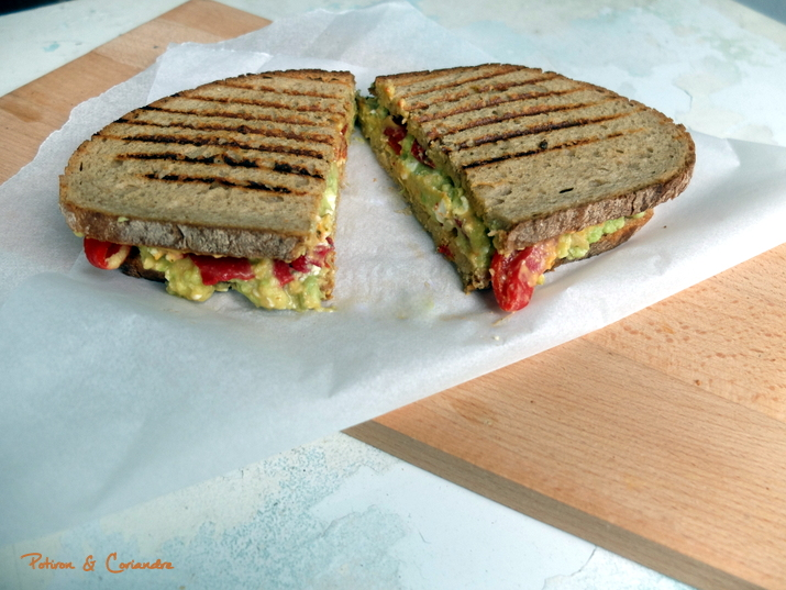 Grilled Cheese Houmou Avocat2