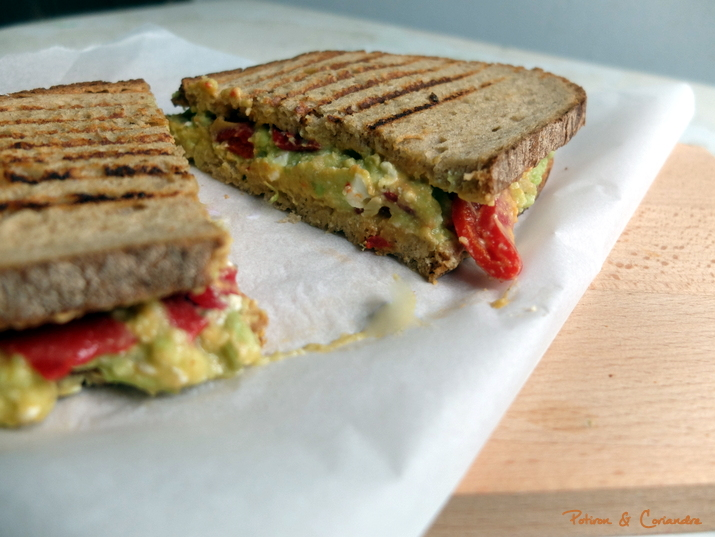 Grilled Cheese Houmou Avocat3