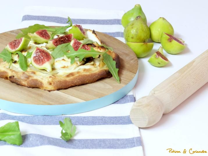 pizza aux figues blanches fromage de ch vre et miel. Black Bedroom Furniture Sets. Home Design Ideas