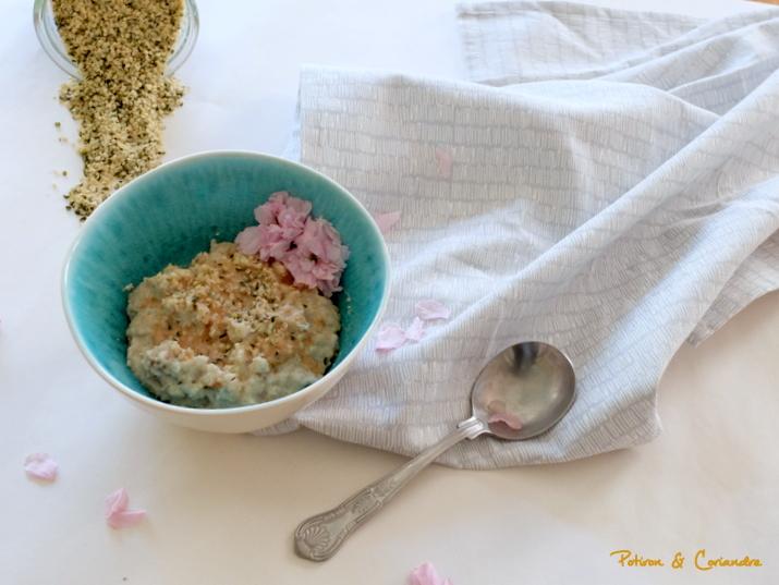 Porridge aux graines de chanvre