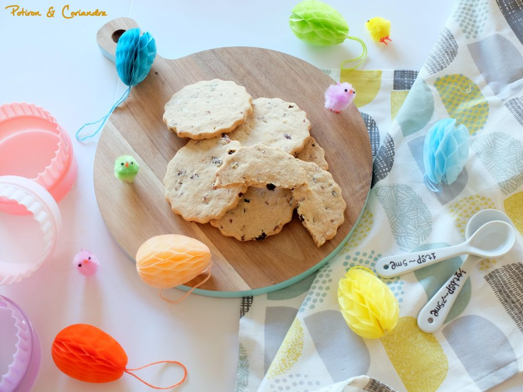 Biscuits de Pâques aux fruits secs et épices