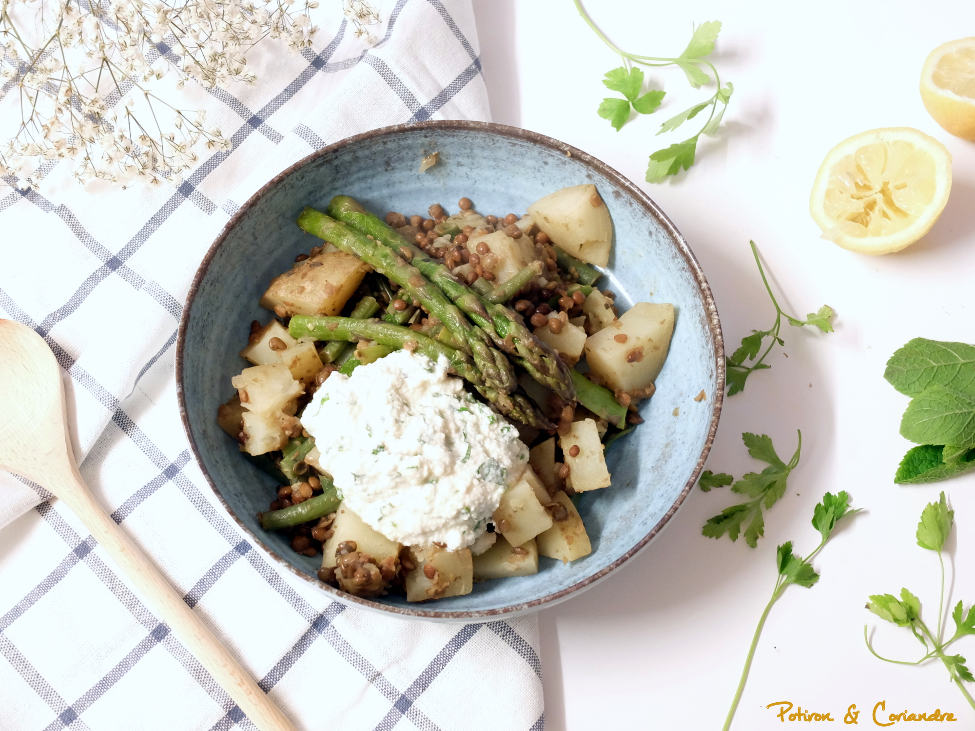 Mijoté d'asperges, pommes de terre et lentilles