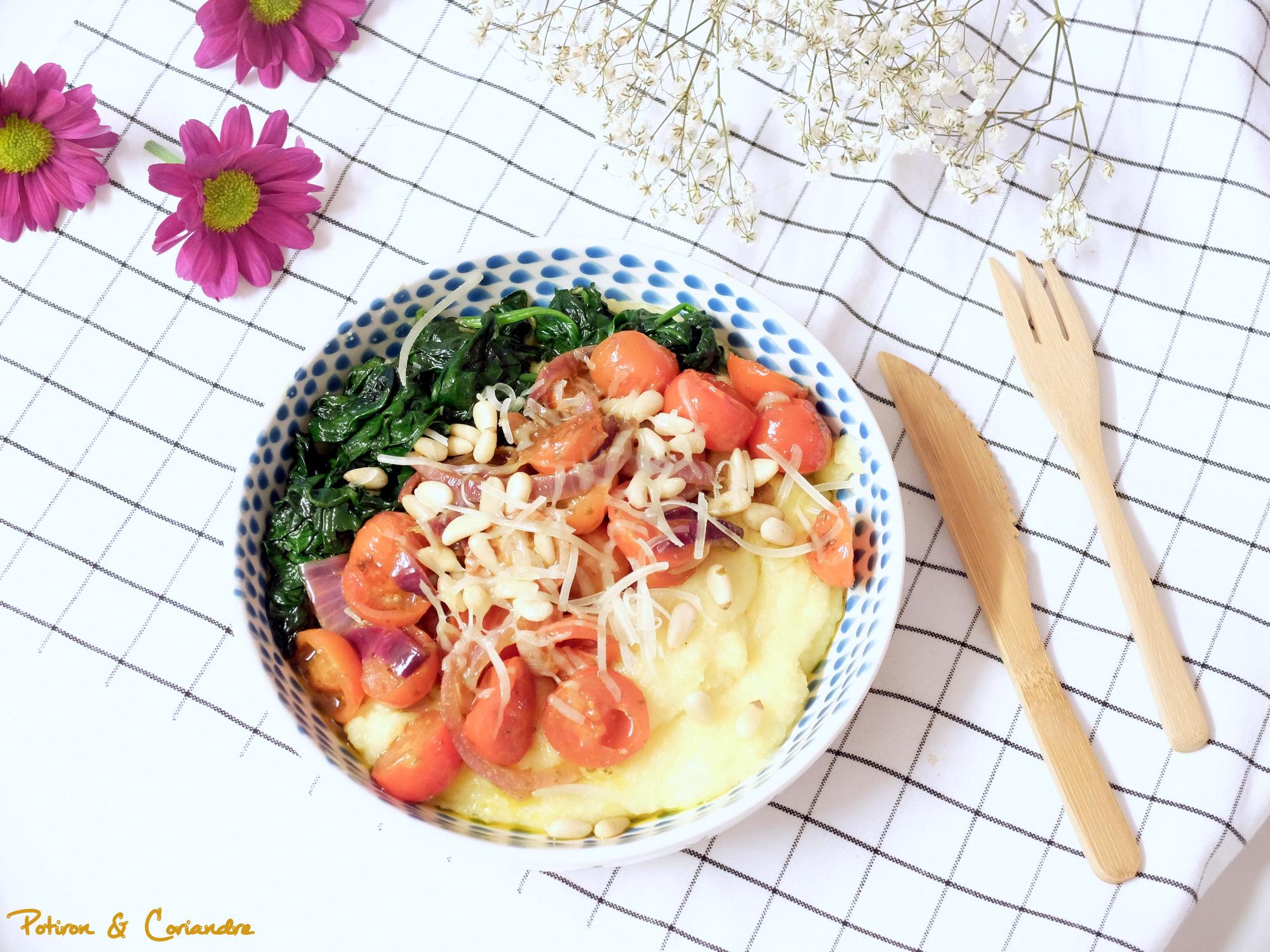 Polenta aux épinards et tomates cerises rôties