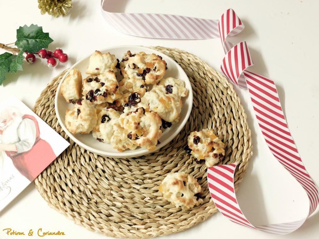 Biscuits aux écorces d'orange confites et airelles