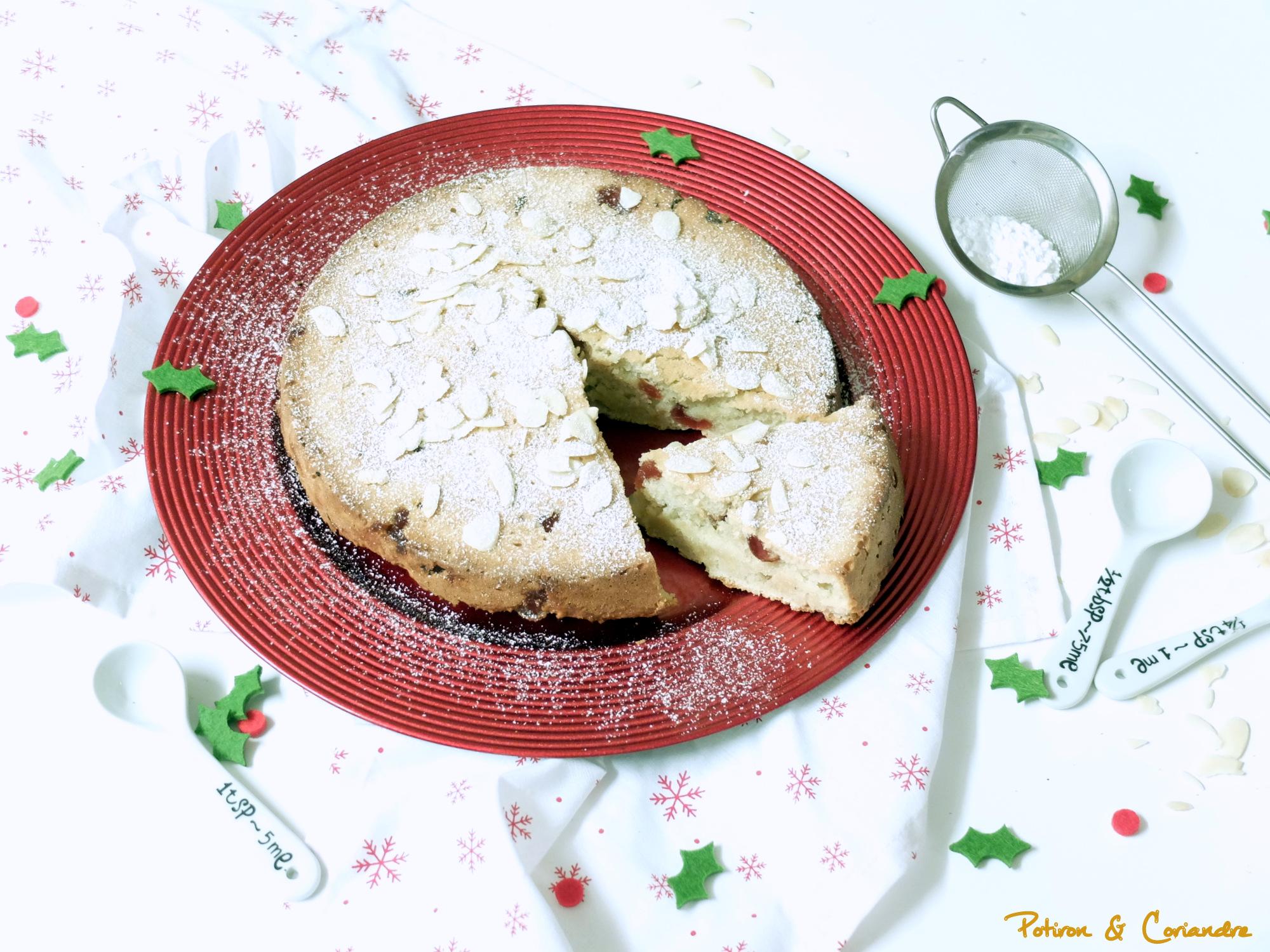 Gâteau à l'amande et cerises confites