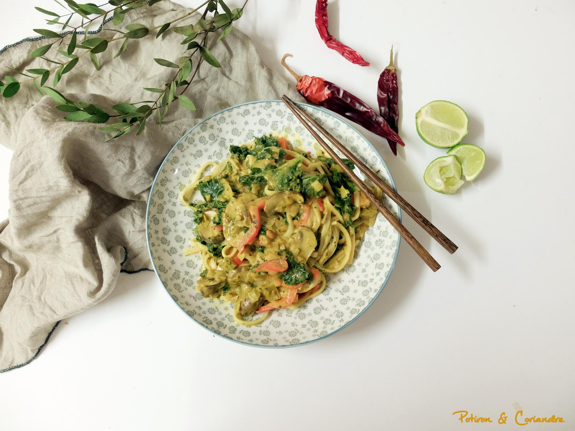 Udon au kalen champignons et sauce au beurre de cacahuète [vegan]