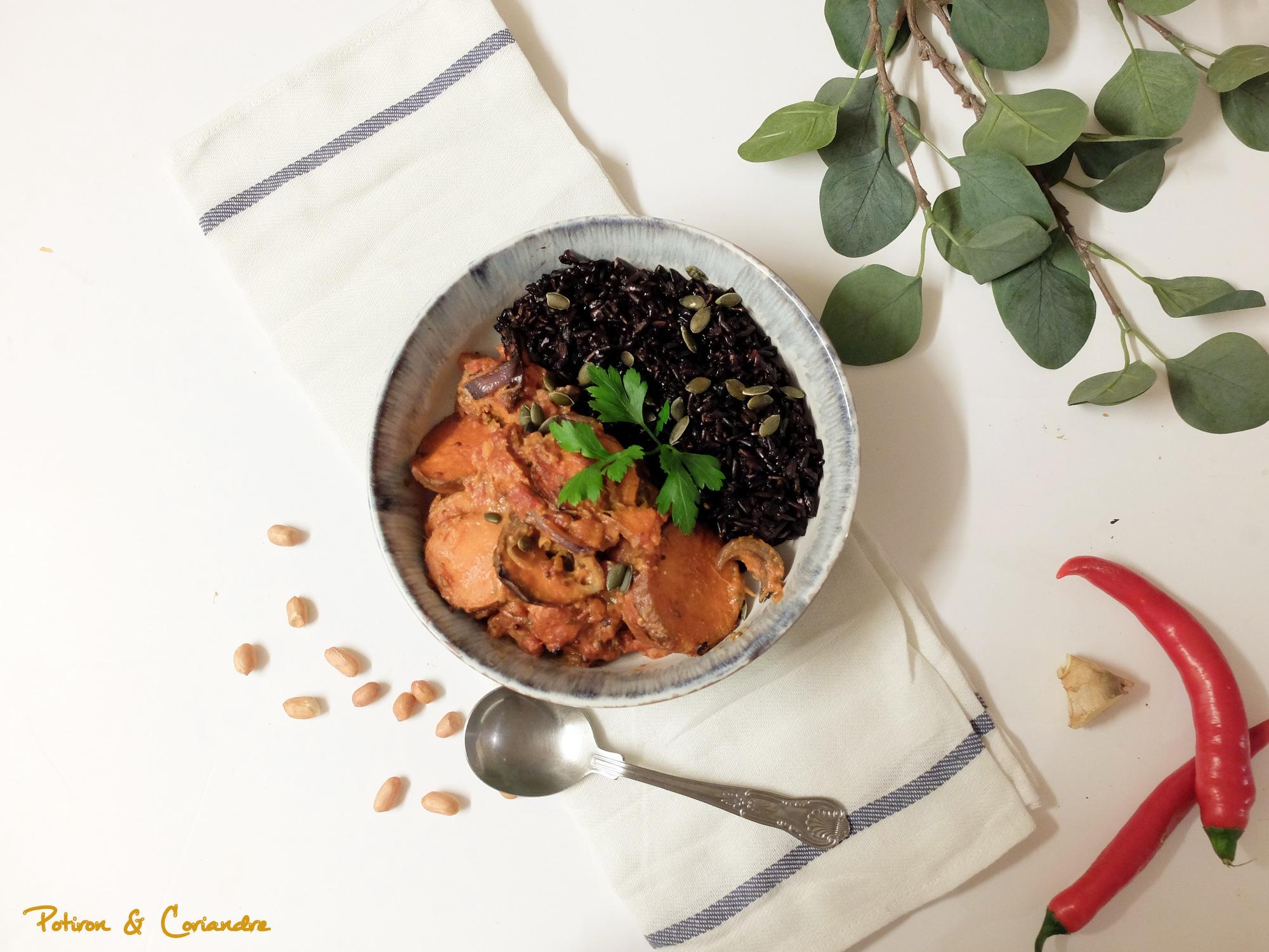 Patates douces rôties et sauce à la cacahuète [vegan]