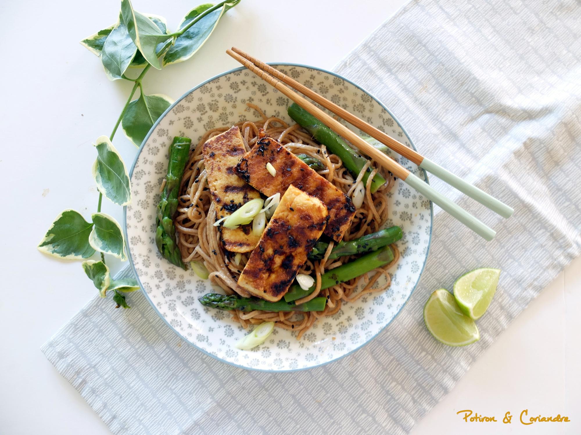 Nouilles aux asperges et tofu [vegan