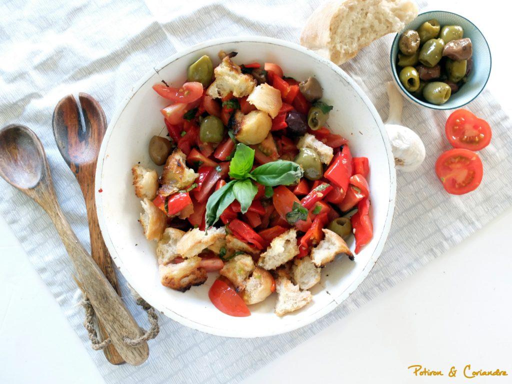 Panzanella aux poivrons rôtis